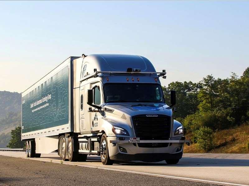 Daimler Trucks entame les essais de camions automatisés sur la voie publique