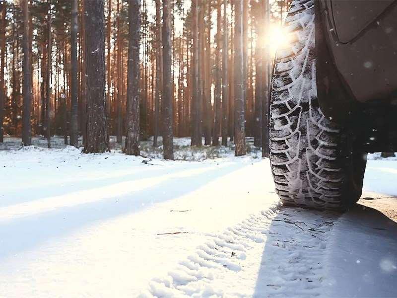Un set de 4 roues hiver gratuit à l'achat d'un véhicule de stock*.
