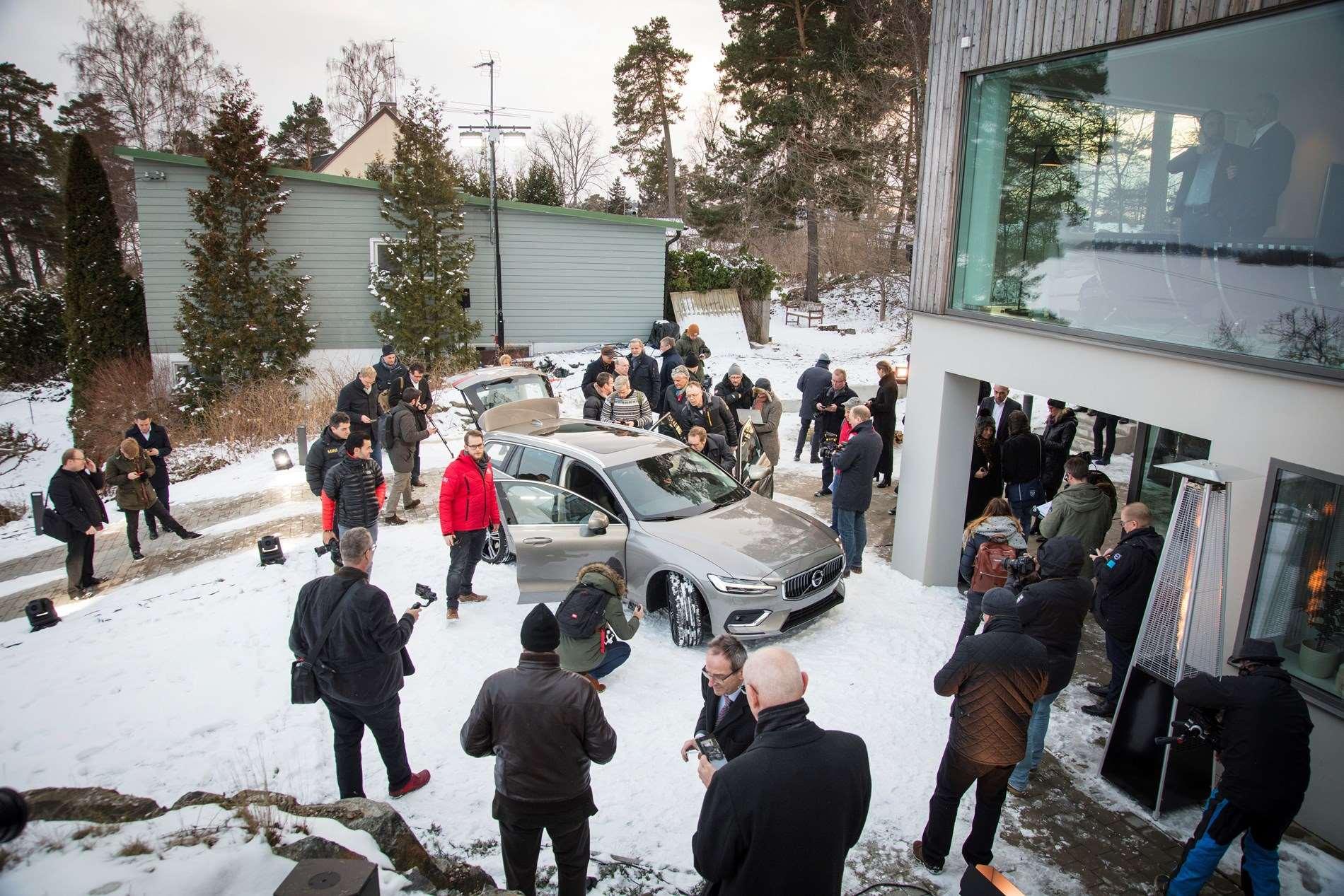 Volvo Cars viert tien jaar bij Geely en blikt vooruit naar het volgende decennium