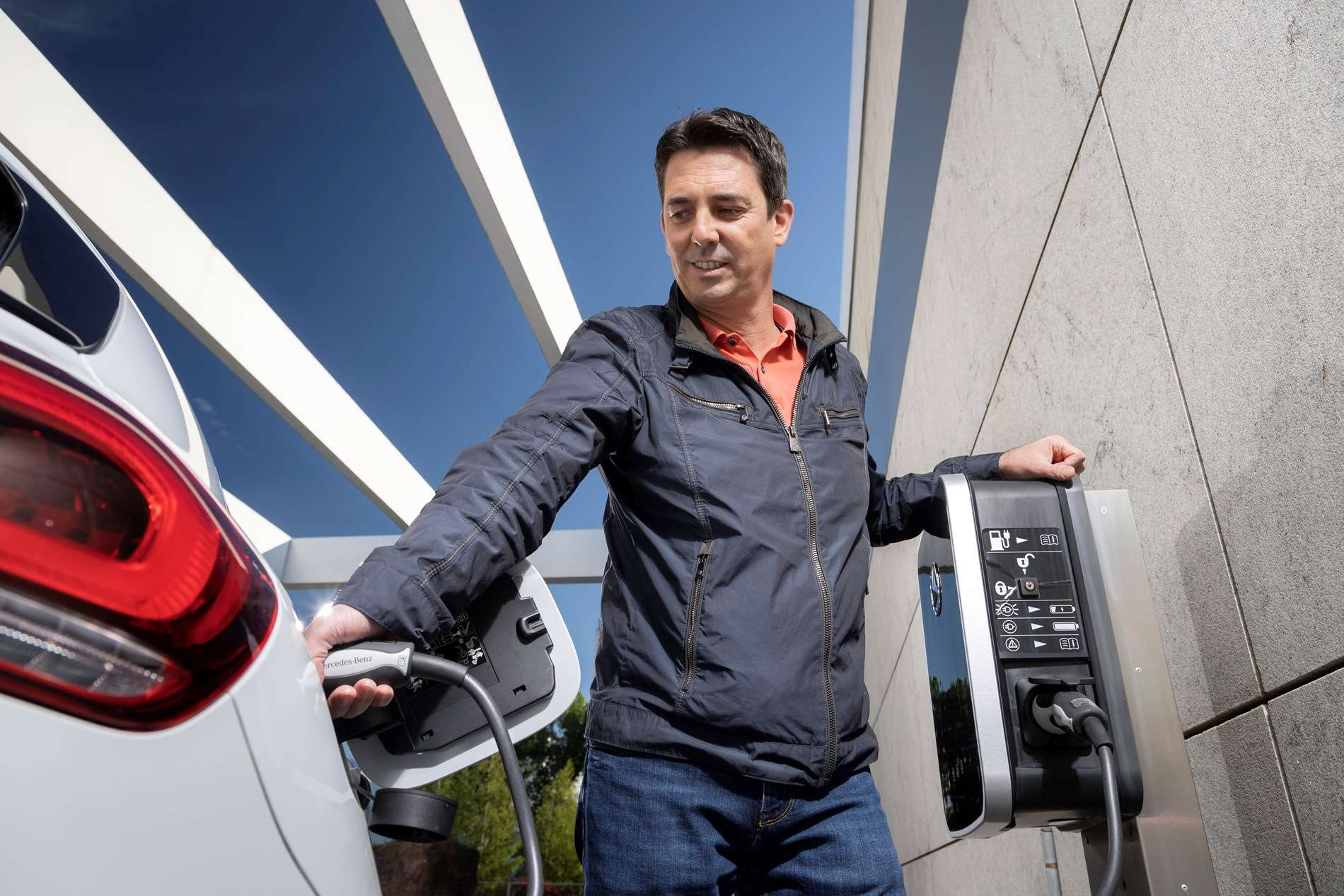 EQ Power : les plug-in hybrides introduisent l'électromobilité dans votre quotidien