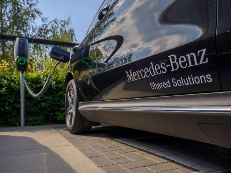 Dank Carsharing mit vollelektrisch betriebenen Autos für Mitarbeiter in den Beneluxländern trägt Mercedes-Benz zu einer weiteren CO2-Reduktion bei.