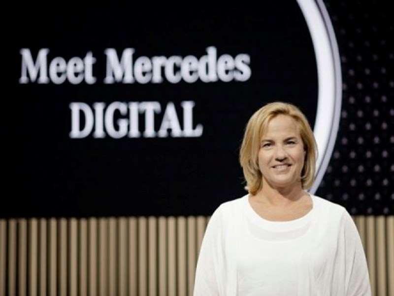 Sans contact et pratique : Mercedes-Benz poursuit la numérisation du service vente et après-vente et met l'accent sur les souhaits individuels des clients