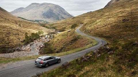 VOLVO ASSISTANCE - Volvo helpt u onderweg uit de nood