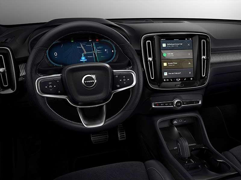 Veiligheidsexperts van Volvo Cars: gebruik technologie om bestuurders te ondersteunen en afleiding te beperken