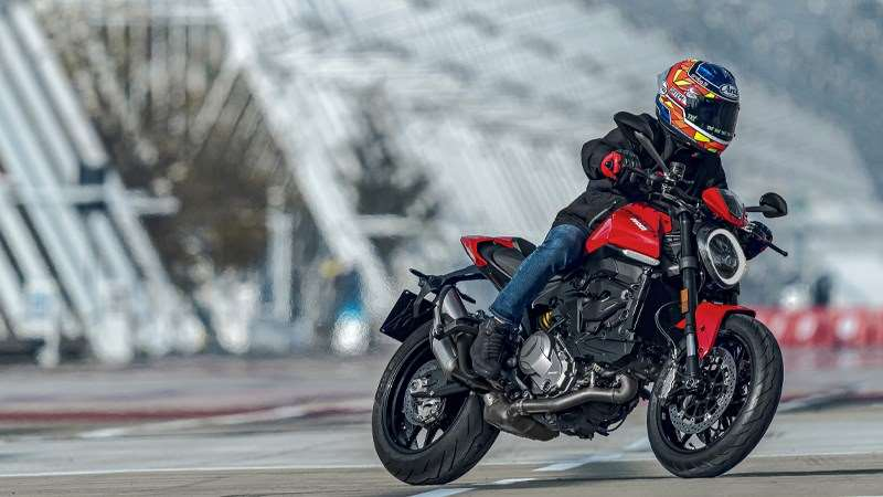 Licht, compact, essentieel en plezier: Ducati presenteert de nieuwe Monster