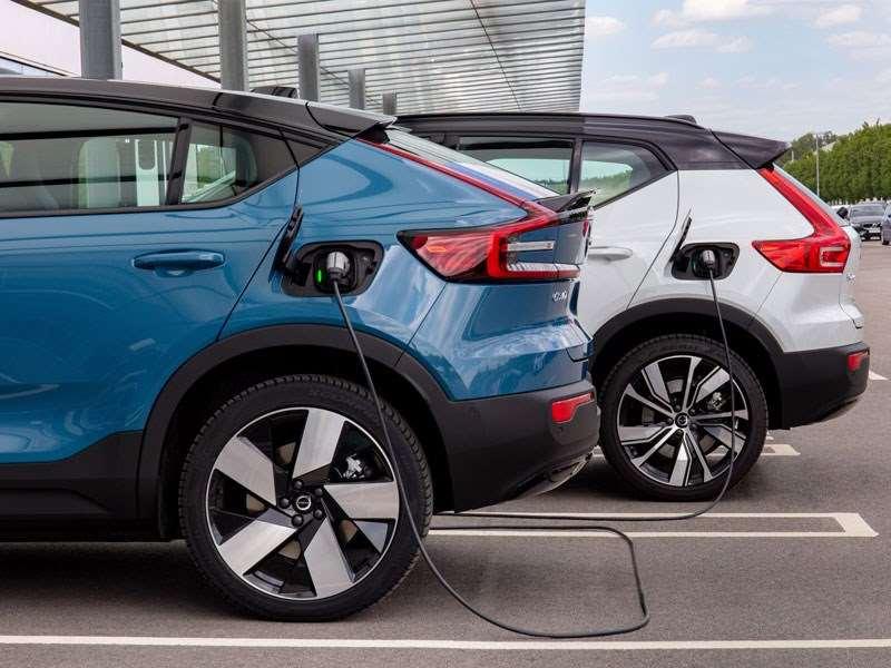 Volvo Cars biedt zijn klanten voorkeursprijzen voor snelladen en een naadloze ervaring