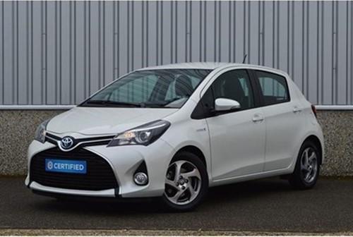 Yaris 1.5 VVT-i Hybrid Dynamic / 01-2016 / 15.000 KM !!!