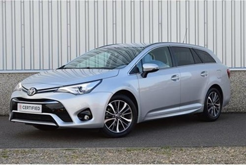 Avensis Touring Sports 1.6 D-4D Dynamic / LOOK PACK / 09-2