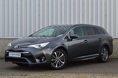 Avensis TOURING SPORTS 1.6 D-4D Dynamic + LOOK PACK / 12-2