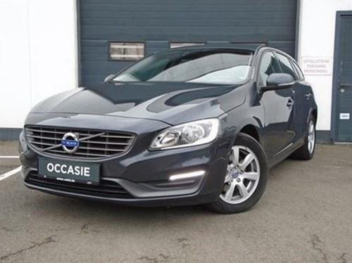 V60 2.0 D3 KINETIC GEARTRONIC/AUTOMAAT